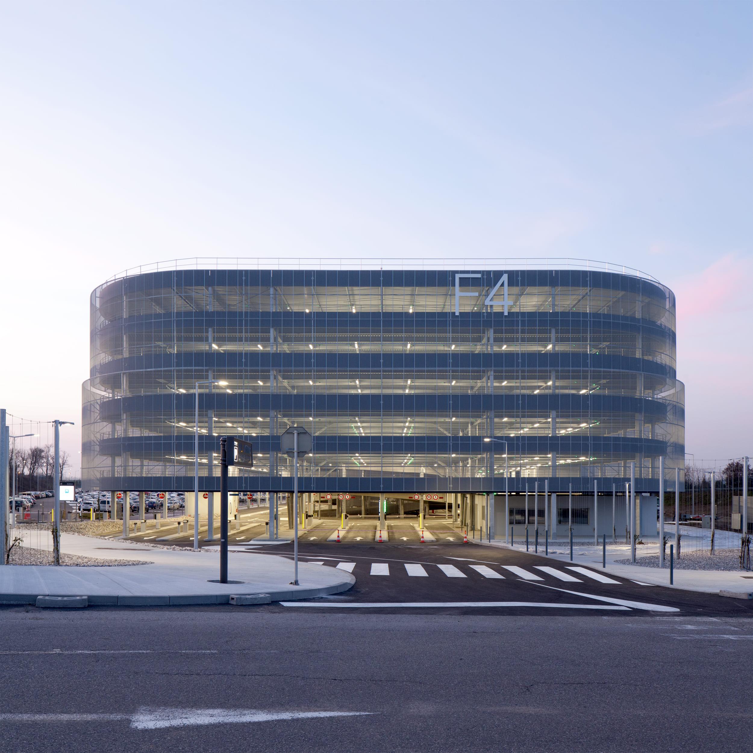 eap euroairport aéroport parking mulhouse F4 F5