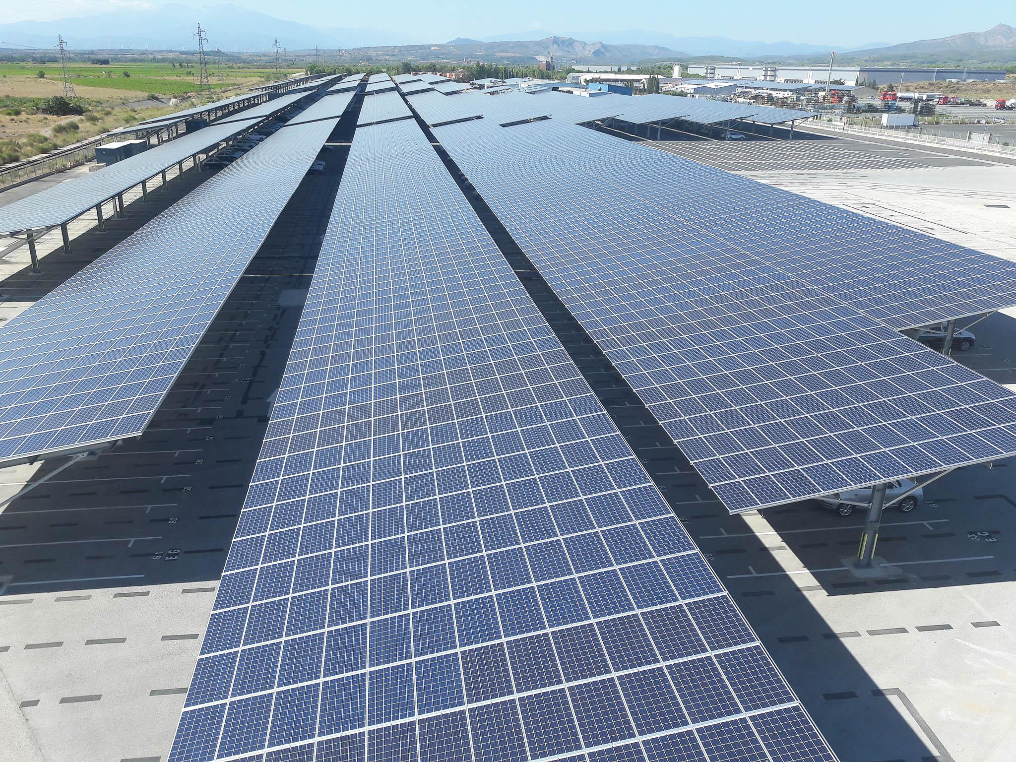 ombrières photovoltaîques rivesaltes parc de stockage véhicules
