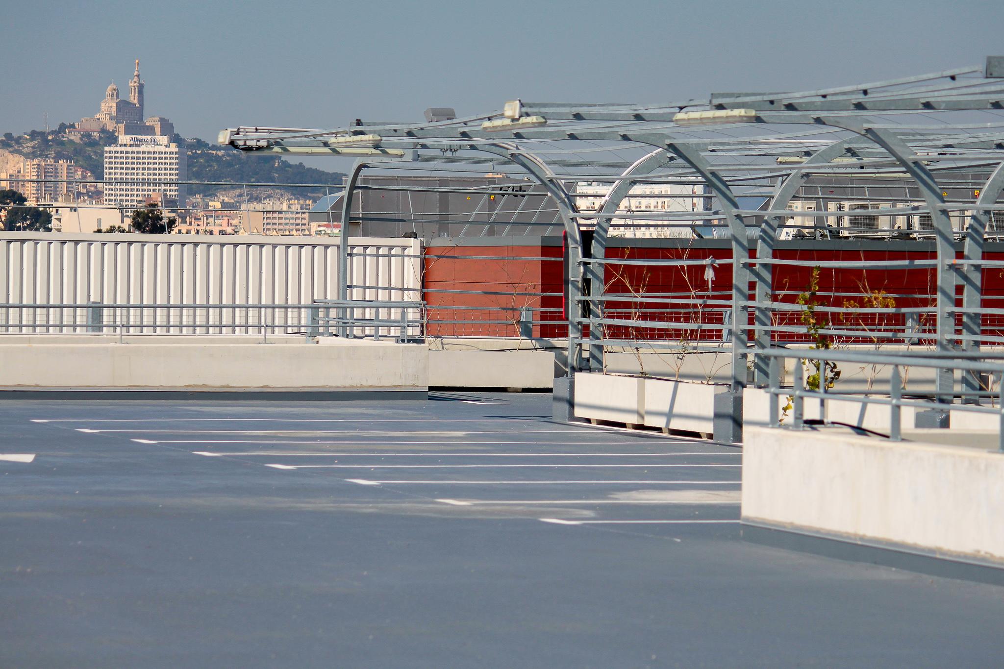 Centre commercial CASTORAMA – Marseille (13)